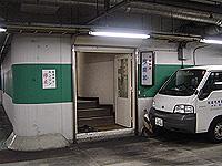 ほら、地下駐車場の中に帝里加が。。。