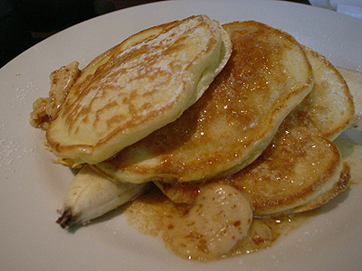 bills cafe 世界一の朝食 リコッタチーズ&バナナのパンケーキ
