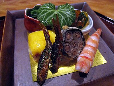 分とく山 海老の芋寿司、海鼠の酢の物等