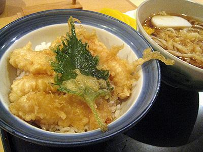 手打ち蕎麦・饂飩 彩め 小海老天丼とたぬき饂飩セット