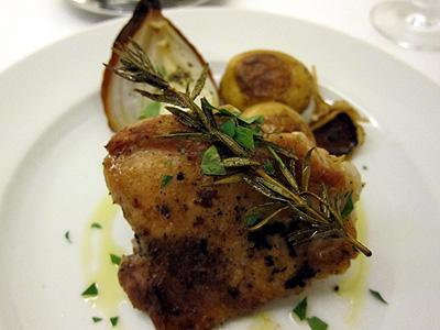 パネ・エ・ヴィーノ (PANE E VINO) 赤鶏の香草グリル