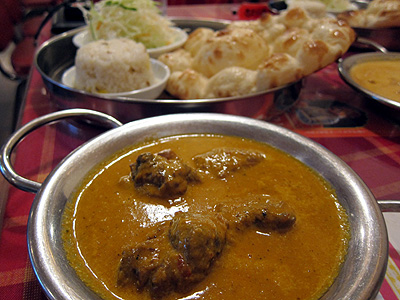 インド料理 デュワン 幕張店 (DEWAN) チキンカレー