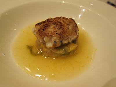 エルミタージュ ドゥ タムラ (Hermitage de Tamura) 鱈のの白子と軽井沢の白菜との組合せ