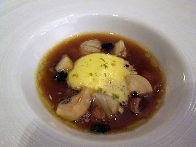 ベネッセハウス テラスレストラン (Benesse House Terrace Restaurant) 魚貝のスープ
