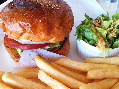 Burger Mania (バーガーマニア) チーズバーガー