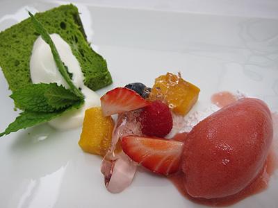 ガーデンレストラン 小松菜のシフォン