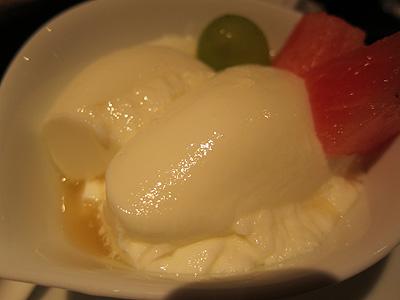 チャイニーズレストラン 直城 (チャイニーズレストラン・ナオキ) 杏仁豆腐
