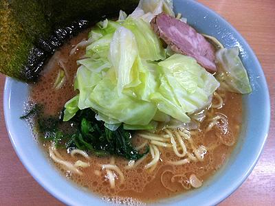 横浜ラーメン武蔵家 日吉店 (よこはまらーめんむさしや ひよしてん) らーめんキャベチャー